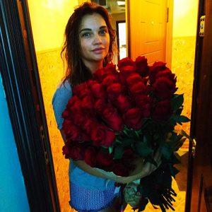голландские розы в Чернигове фото