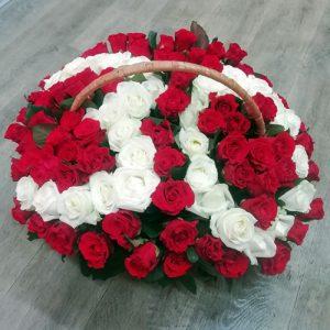 101 роза с числами в корзине в Чернигове фото