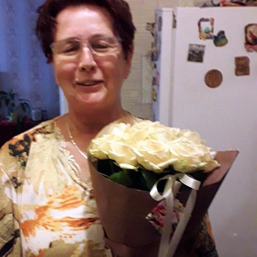 подарок ко дню матери фото букета